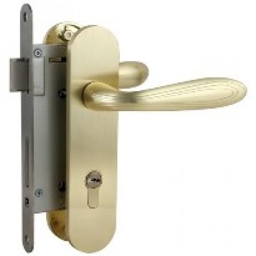 Handle Pintu Bahan Kayu Halus